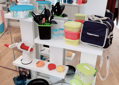 pop-up store Tupperware