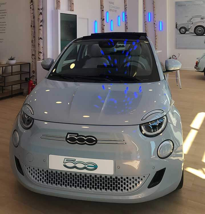 Vue de face d'une Fiat 500